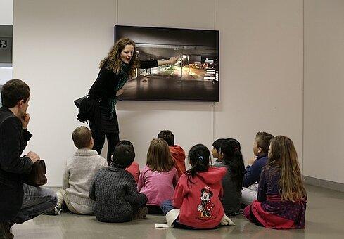 Sensibiliser à l'art contemporain - Artothèque