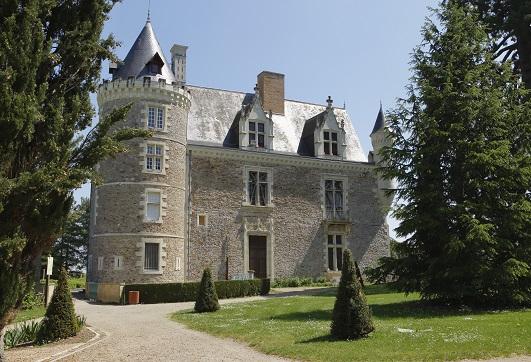 De la résidence au musée - Musée-château de Villevêque